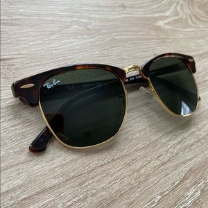 Ray-Ban Clubmaster Classic Sunglasses (Tortoise)